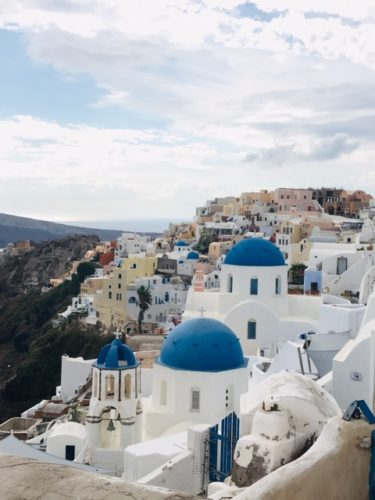 ギリシャ サントリーニ島のブルードーム