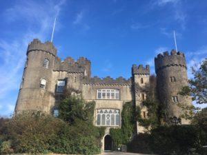 アイルランド マラハイド城
